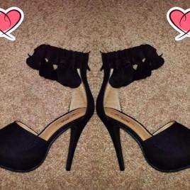 Foxy50-Cuff Peep Toe Sandals