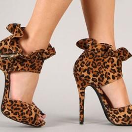 Liliana Lenora-13 Ruffled Collar Peep Toe Heels Faux Suede Leopard