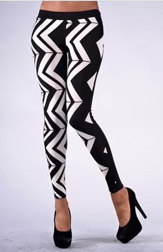 Black and White Zig Zag Print Leggings